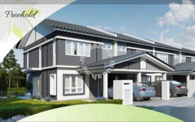 New FREEHOLD double Storey 4 rooms 3 baths in Desa Sebarau for sales