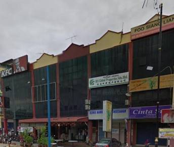Tangkak shop for rent