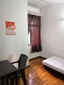 Small Room For Rent in Taman Daya, Johor Bahru