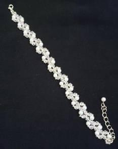 Handmade White Pearl Bicone Bracelet Elegant