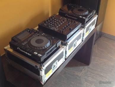 Pioneer cdj 2000 nexus and djm 900 nexus