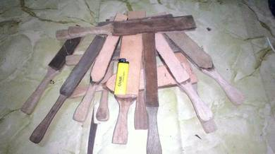 Strop kulit untuk scary sharp knife