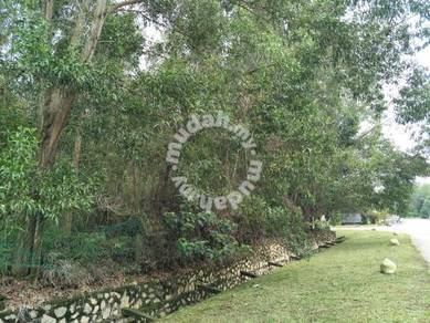 Kundang Freehold 42,518sf Industrial Land Sale / $95 psf