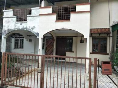 Taman Arkid House For Sale
