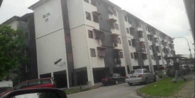 4th Floor Well Kept Pangsapuri Sri Nervillia Kota Kemuning Shah Alam