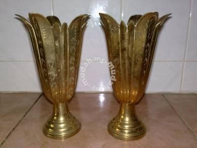 Brass floral vase pasu tembaga 2