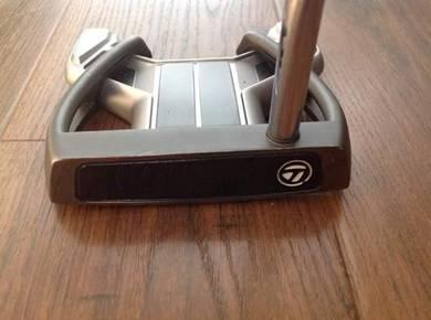 Nice Taylormade golf putter