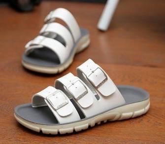 F0235 Korean White Sandal Buckle Kasut Cheap Shoes