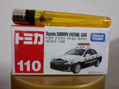 EEQ Tomica toyota crown patrol car not hot wheels