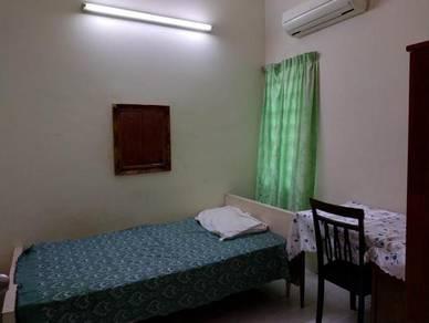 Cozy Room,Alpine Village Apartment