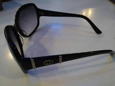 Gucci Spek cermin kaca mata eyewear glass sunglass