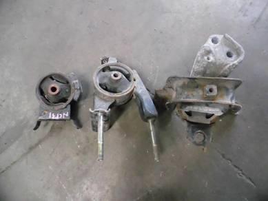 Toyota Vios NCP42 Engine Mounting 1 Set