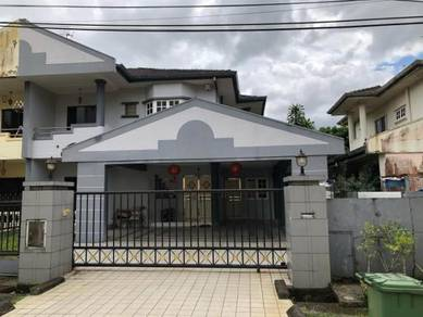 Double storey semi detached house at Jln Song Stutong for sale
