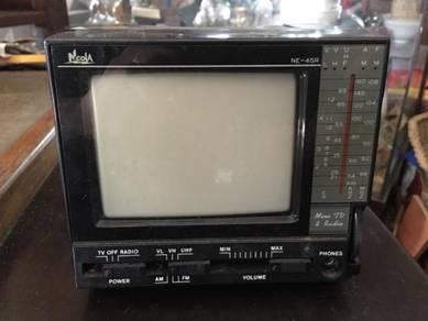 Necola Antiques Vintage Television TV & Radio