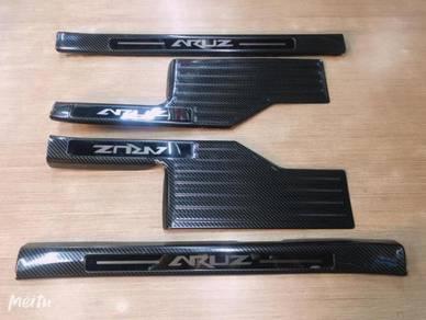 Perodua aruz door side step sill plate ( carbon )