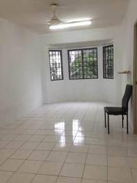 Subang Suria Apartment GOOD FOR INVESTMENT + BELOW MV + GUARDED