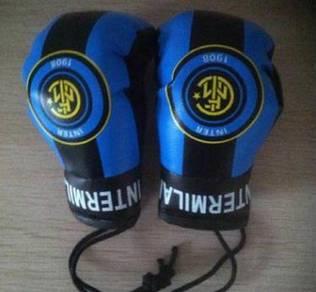 Intermilan boxing man (blue)