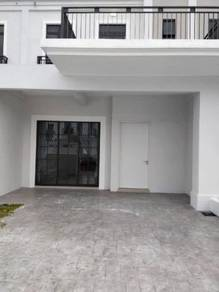 BRAND NEW Partial Furnish 2 Storey Terrace Monet Lily Sunsuria Sepang