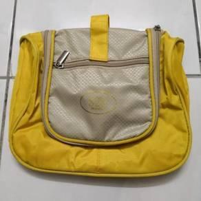 [BN] Toiletry Bag