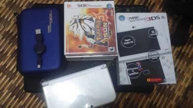 New Nintendo 3DS XL (White) - modded/jailbreak