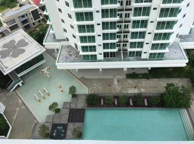 The Clover , key on hand , 2 carpark , below market value , Pool view