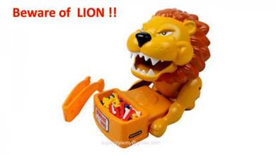 Newest Novelty Funny Toys Beware of Lion and dog