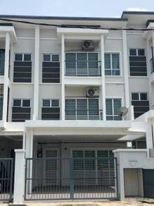 For Sale: 3 Storey Terrace, Taman Ramal Harmoni 2, Kajang