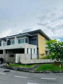 Big corner terrace at 10th mile, kuching serian road, samarahan