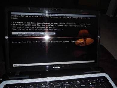 Servis Repair Laptop Screan itam ada tulisan