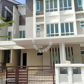 Teres 3 storey near eco hill_ready move in_100% loan