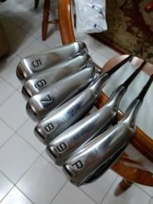 Muzuno JPX 825 graphite irons