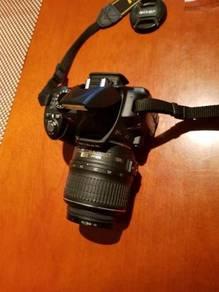 DSLR camera nikon model D3100 fullkit