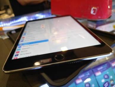 Apple iPad Mini 4 128GB Wifi Full Box Under Warran