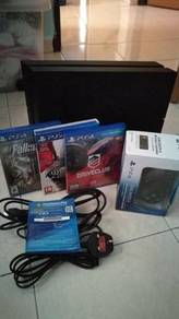 Used PS4 fat 500 GB