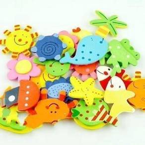 12Pcs Wooden Kitchen Fridge Magnet Kids Toy