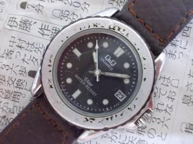 Japan Q&Q diver watch