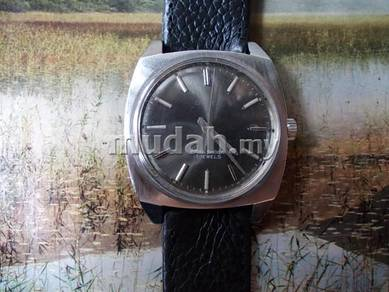 Rare Seiko manual wind watch