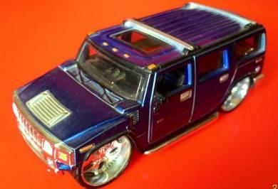 Dy Bburago Hummer H2 Metallic Blue 1/32