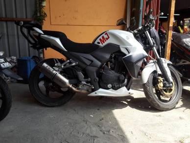 SYM T2 250i