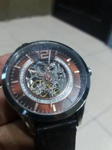 Jam tangan kenneth cole