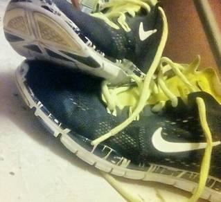 Nike�