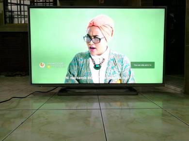 Panasonic Viera 42* Smart Tv