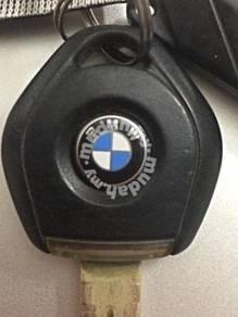 Genuine F30 E90 E60 BMW Key Emblem Badge Logo