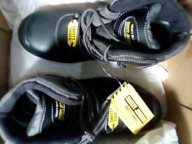Safety Shoes_44(10) Saiz. Standard Quality.