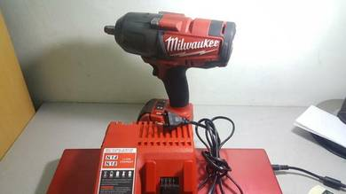 Milwaukee 2763 1/2