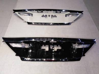 Toyota Vellfire Alphard Facelift NFL Rear Garnish