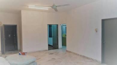 [MUST VIEW]LOW floor basic unit lagoon perdana apartment v table top