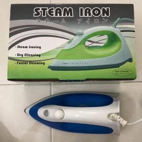 3 In 1: steam iron, dry cleaning & facial steaming