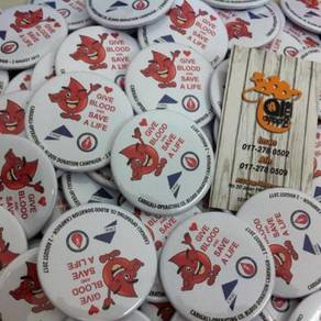 Design Button Badge Kempen Derma Darah