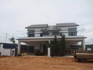 FREEHOLD Guarded 2 Storey Semi D Fully Extend Big Land Ayer Keroh